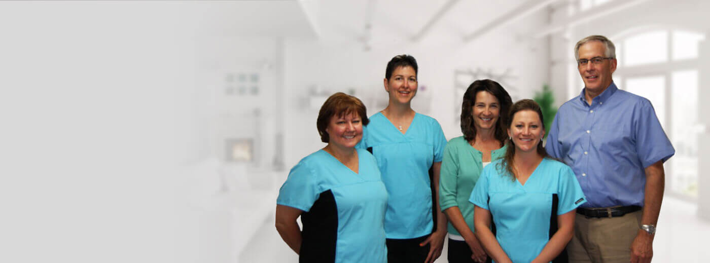Geoffrey A. Iverson DDS team smiling together